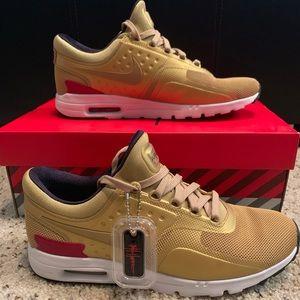 WMNS Nike Air Max Zero QS Metallic Gold White PRM